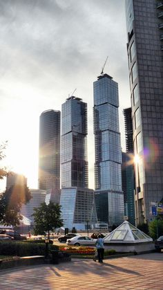 MOSCOW | City of Capitals | 984 FT / 300 M | 77 FLOORS | T/O - SkyscraperPage Forum