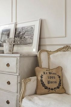 Modern Country Style: Swedish/French Style Victorian House Tour Click through for details. Modern Country Style, French Country House, French Country Decorating, French Decor, Modern Victorian, Victorian Homes, Victorian Interiors, Victorian Design, Room Inspiration