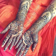 #bridalhenna#henna#mehndi#mendhi#peacock#vines#paisley#flower#arabic#gulf#indian#tradtional#culture#wedding#indianwedding#asianwedding#london#hatfield#hennatattoo#tattoo#weddingplanner #eventplanner #design#artist#freehand#bridal#mehndinight#party#celebration