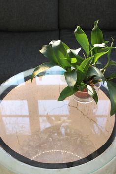 Oh how we have waited for that sunshine after the dark Finnish winter! The glass studio is enjoying sunlight and looking towards the spring time.  Voi kuinka kaipasimmekaan auringonvaloa pimeän talven jälkeen. Lasistudiolla nautitaan auringonpaisteesta ja odotetaan innokkaana kevättä!