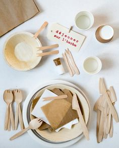 Picnic wares from French online shop Les Petites Emplettes | Remodelista