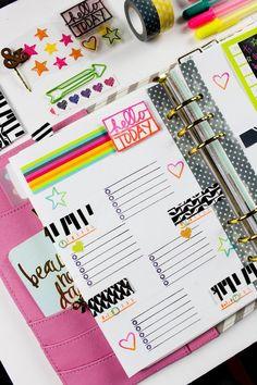 sagt den Tag Hallo und füllt den Tagesplan mit positiven Gedanken in vielen Farben
