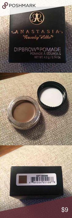 ABH Dipbrow Pomade Brand new never used. Soft brown Makeup Eyebrow Filler