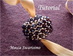 Beading instruction for beaded bead Mocca Swarisimo. Materias: - Miyuki seed beads size 11 and 15, - Wooden bead/ball 20mm and - Swarovski bicones 4 mm.