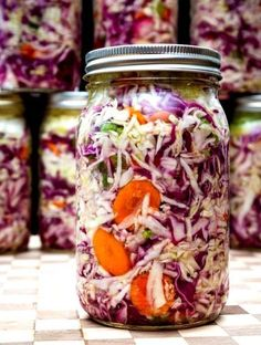 Fermented vegetables or pickles, Photo: Archives Harvested Vegetarian Recipes Easy, Raw Food Recipes, Low Carb Recipes, Cooking Recipes, Healthy Recipes, Healthy Cooking, Healthy Life, Healthy Eating, Gaps Diet