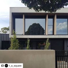 #Repost @t_a_square.  Brighton house is finally completed! Looking forward to having this one professionally photographed!  #architecture #architecturelovers #archilovers #archidaily #australianarchitecture #victoriaarchitecture #luxuryhomes #luxury #residential #archclad #melbournearchitecture #houseonstewart