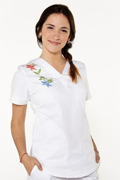 Lola Spandex blanco bordado Medical Spa, Medical Scrubs, Filipina, Blouse, Spandex, How To Wear, Outfits, Collection, Tops