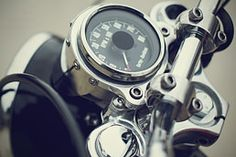 Walt Siegl Motorcycles (WSM) is a builder of custom motorcycles. Based in Harrisville, NH we deliver bikes for customers around the globe. Cafe Racer Parts, Cafe Racer Bikes, Cafe Racers, Vintage Motorcycles, Custom Motorcycles, Custom Motorcycle Parts, New Ducati, Build A Bike, Street Tracker