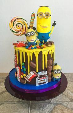 Minions Drip Cake - Cake by BettyCakesEbthal Birthday Drip Cake, Novelty Birthday Cakes, Minion Birthday, Bolo Drip Cake, Drip Cakes, Minion Torte, Minion Cakes, Nutella, Simple First Birthday