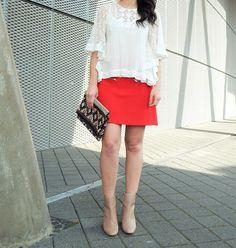 >surprise white top<