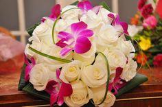 buchete de cununie mici - Căutare Google Table Decorations, Rose, Desserts, Beautiful, Smile, Fantasy, Google, Flowers, Tailgate Desserts