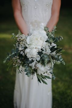 Real wedding – Ivory Tribe - Maddi and Dan