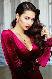 russian models: Helga Lovekaty( looks like Mia Khalifa's sister) Sexy Girl, Sexy Hot Girls, Cute Fashion, Girl Fashion, Deep V Dress, Russian Beauty, Beautiful Girl Image, Russian Models, Hottest Models