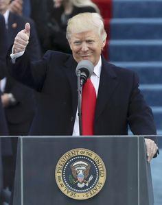 Trump visita sede da CIA em seu primeiro dia na Presidência