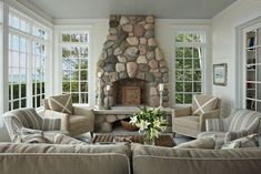 Style Watch: Michigan Lake Cottages - Cottage style decorating, renovating and entertaining Ideas for indoors and out Cottage Style Decor, Michigan Cottage, Lake Cottage, Cottage Fireplace, Country Cottage Decor, Lake Houses Exterior, Cottage Interiors, Cottages And Bungalows, Beach Cottage Decor