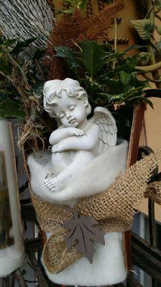 Blumen Markus in St. Georgen -   Allerheiligengestecke 2015 Garden Sculpture, Outdoor Decor, Home Decor, Flowers, Dekoration, Decoration Home, Room Decor, Home Interior Design, Home Decoration