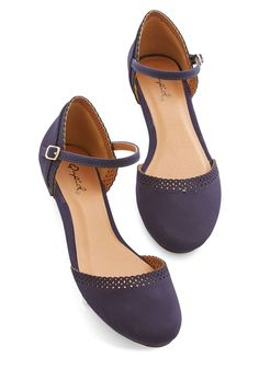 Cute Across Campus Flat. Whether you're headed to the quad or the classroom, you're flaunting these fab navy flats! #blue #modcloth