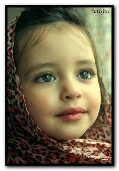 What a beautiful face! Young Beautiful Hijabi in The Worlds Hijabers Cilik Cantik Sedunia http://hijabcornerid.com/
