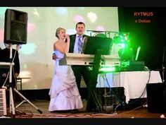 svadobné tanečné kolo so slovenskými ľudovými piesňami: Horenka, horenka, Byla…