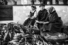 Folk Music, Hungary, Traditional, Retro, Historia, White People, Retro Illustration, Folk