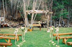 ♥Decoração de altares e locais de cerimônia no campo...