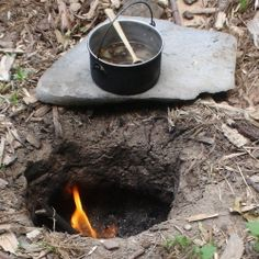 How-To - Another good source of info for a Dakota Fire Hole  (low smoke, reduces amount of light that is visible at night, works like a Rocket Stove...)
