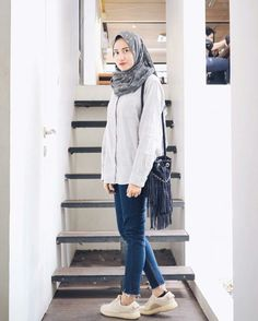 hijab casual outfit hijab casual outfit hijab casual outfit The post hijab casual outfit appeared first on New Ideas. Hijab Fashion Inspiration, Modern Hijab Fashion, Muslim Fashion, Modest Fashion, Fashion Outfits, Women's Fashion, Casual Hijab Outfit, Hijab Chic, Casual Fall Outfits