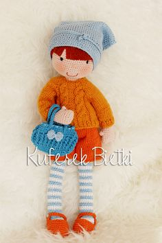 Kuferek Bietki: Hanka - lalka na szydełku/ Gehäkelte Puppe/Hanka - crochet doll