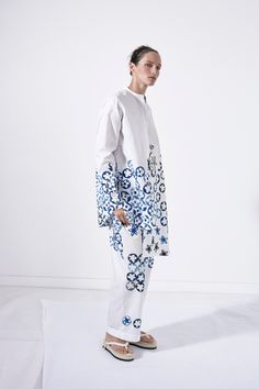 Ports 1961 Spring 2016 Ready-to-Wear Fashion Show  ...potato-cut prints on PJ styling, works for me...