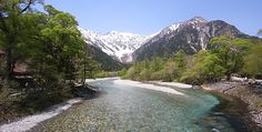 Kamikochi, Nagano (japan-guide.com)  Amazing spot for nature lovers!!