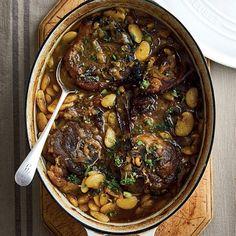 Bone en ander peulgroente pas fantasties by ryk stowegeregte. Steak Recipes, Cake Recipes, Cooking Recipes, Easy Meals, Sweets, Beef, Afrikaans, Kos, Foodies