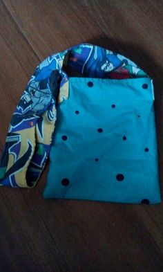 green polka dot tote/batman handle   one of a kind larissamyrie.art #fashion #style #art #barbie #shoppingbag #totebag #shoulderbag #slowfashion