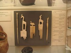 Egyptian hair combs by Jenny Henk, via Flickr