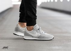 Nike Internationalist LX (Wolf Grey / Off White - Pure Platinum - White)