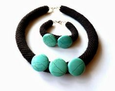 Necklace and bracelet made ​​of crochet with natural turquoise.