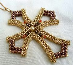 CRAW cross - made by Marika Nagyné. Bead Jewellery, Seed Bead Jewelry, Beaded Jewelry, Beaded Bracelets, Seed Beads, Necklaces, Jewelry Patterns, Beading Patterns, Do It Yourself Jewelry