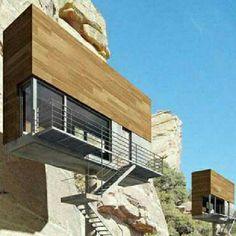 Single Hauz, uma casa de 27 m2 a quase qualquer tipo de terreno. Projeto do escritório Front Architects. #architecture #arts #arquitetura #arte #decor #decoração #design #interiores #interior #projetocompartilhar #shareproject #confort #conforto #madeiraeconforto #wood