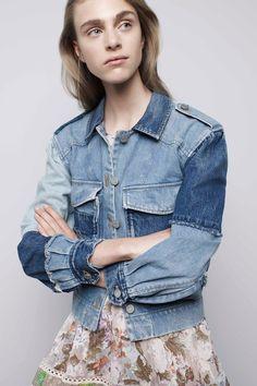 ☆O efeito Mix Jeans, de Rebecca Taylor - Verão Denim Ideas, Denim Trends, Rebecca Taylor, Fashion Week, Fashion Show, Fashion Trends, Mix Jeans, Estilo Denim, Diy Vetement