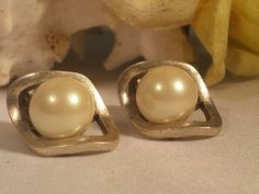 Kenneth Cole New York NY KC Caged Pearl Post Earrings Designer Signed JEWELRY #KennethCole #Post