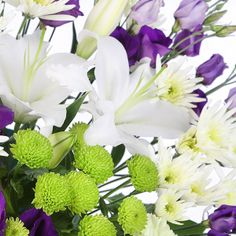 Apple Sours flower delivery gift service UK #summer #flowers #bouquet #summerflowers #roses #lilies #whitelilies #purple #flowerdelivery #serenataflowers