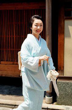 The geiko Toshimana of Komaya okiya for the Miyagawacho's Hassaku 2015.