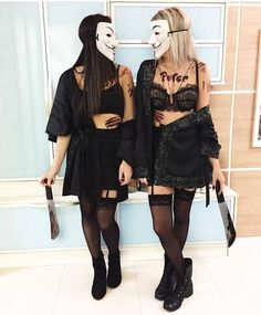 Halloween Costume Ideas That Are Guaranteed To Impress Cute Group Halloween Costumes, Couples Halloween, Cute Costumes, Halloween Outfits, Costumes For Women, Pirate Costumes, Diy Halloween, Halloween Design, Fille Gangsta
