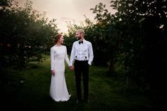 Solnedgang bryllup White Dress, Dresses, Fashion, Vestidos, Moda, Fashion Styles, Dress, Fashion Illustrations, Gown