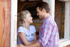 Safe Haven....love this movie!