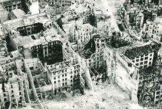 MAY 16 1945 Berliners learn to accommodate the Red Army. An aerial (oblique) photograph taken from a De Havilland Mosquito of the RAF Film and Photographic Unit showing badly damaged buildings in the area between Friedrich Hain and Lichtenberg, Berlin. Berlin 1945, Berlin Germany, Germany Ww2, Ww2 Photos, Berlin Photos, History Magazine, Red Army, Aerial View, World War Ii