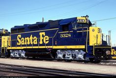 RailPictures.Net Photo: ATSF 3328 Atchison, Topeka & Santa Fe (ATSF) EMD GP35 at Barstow, California by Joe Blackwell