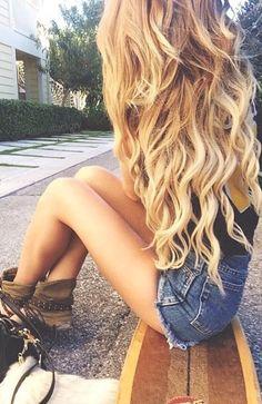 blonde curls + summer fashion ♡