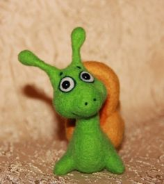 Snail needle felted Toy от Daromir на Etsy, $54.00