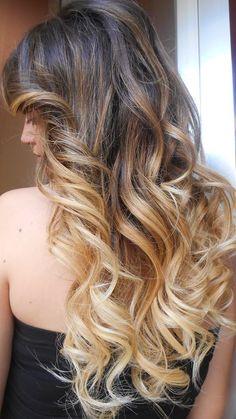 Spotted...in salone! Sfumature magiche del Degradé Joelle #cdj #degradejoelle #tagliopuntearia #dettaglidistile #welovecdj #clientefelice #beautifulhair #naturalshades #hair #hairstyle #hairstyles #haircolour #haircut #fashion #longhair #style #hairfashion