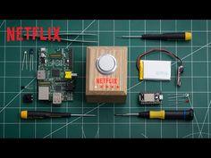 Botão do Netflix liga TV, pede comida, silencia celular e esmaece as luzes numa só tacada